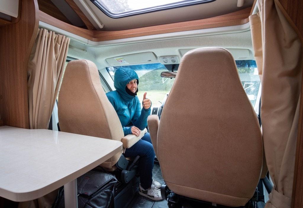 Intérieur du camping car loué en Nouvelle-Zélande